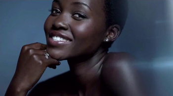 Lancôme Advanced Genifique TV Spot, 'Feel Beautiful' Feat. Lupita Nyong'o - Thumbnail 3