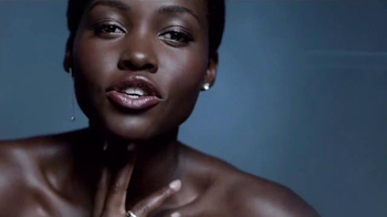 Lancôme Advanced Genifique TV Spot, 'Feel Beautiful' Feat. Lupita Nyong'o - Thumbnail 5