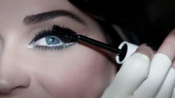 CoverGirl Katy Kat Eye Mascara TV Spot, 'Noir' Featuring Katy Perry - Thumbnail 6
