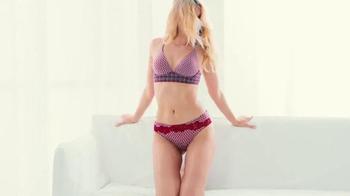 Victoria's Secret TV Spot, 'Easy' - Thumbnail 5
