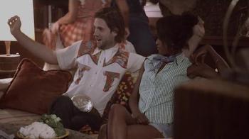 Papa John's TV Spot, 'CMT Hot 20 Countdown Hosts: Ghostbusters' - Thumbnail 2