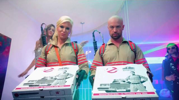 Papa John's TV Spot, 'CMT Hot 20 Countdown Hosts: Ghostbusters'