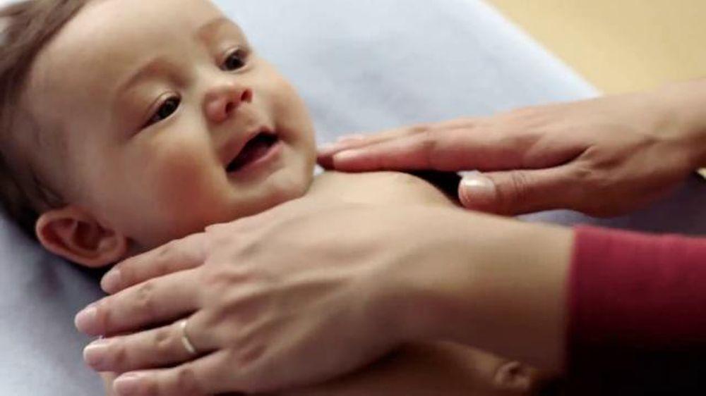 Johnson's Extra Moisturizing Baby Skin Care TV Commercial, 'La rutina'