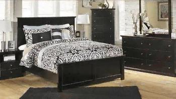 Ashley Furniture Homestore Back 2 School TV Spot, 'Storewide Savings' - Thumbnail 4