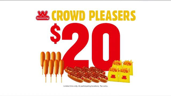Wienerschnitzel Crowd Pleasers TV Spot, 'The Whole Crew' - Thumbnail 8