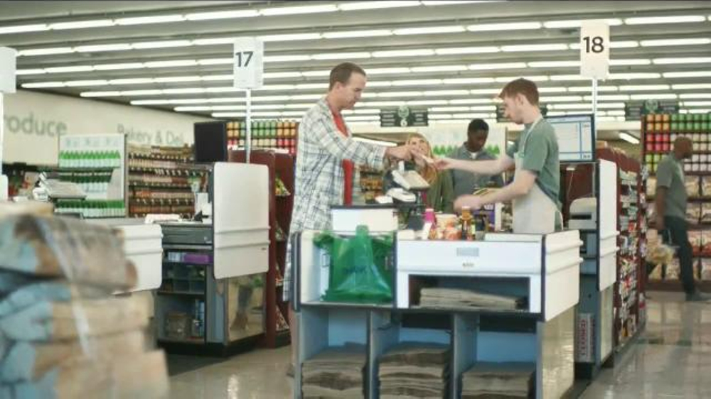 DIRECTV NFL Sunday Ticket TV Commercial, 'Peyton on Sunday Mornings: Groceries'