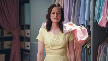 Realtor.com TV Spot, 'Dream Closet' Featuring Elizabeth Banks