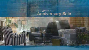 La-Z-Boy Anniversary Sale TV Spot, 'Recliners, Sofas & More' - Thumbnail 5