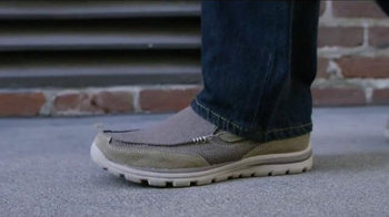 SKECHERS TV Spot, 'Stylish' - Thumbnail 6