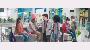 Old Navy Back to School TV Spot, 'Roped In' Featuring Amy Schumer - Thumbnail 5