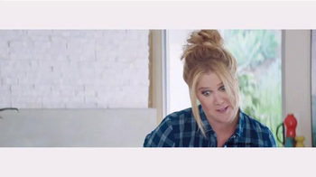 Old Navy Back to School TV Spot, 'Roped In' Featuring Amy Schumer - Thumbnail 9