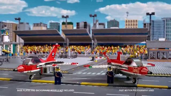 LEGO City Airport TV Spot, 'Head for the Skies' - Thumbnail 4