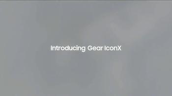 Samsung Gear TV Spot, 'Move With Galaxy' - Thumbnail 4