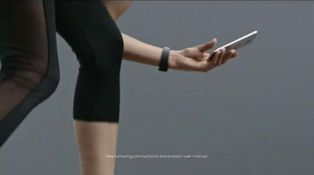 Samsung Gear TV Spot, 'Move With Galaxy' - Thumbnail 6