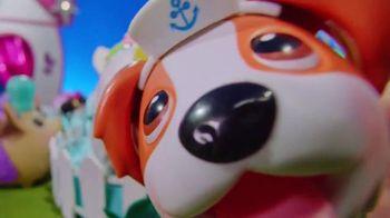 Chubby Puppies & Friends TV Spot, 'Fashion Show'