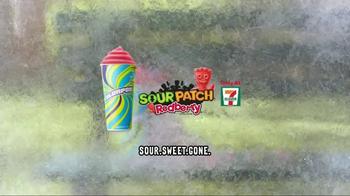 7-Eleven Sour Patch Kids Redberry Slurpee TV Spot, 'Brain Freeze' - Thumbnail 10