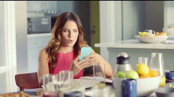 TurboTax TV Spot, 'Dependientes' con Karla Souza - Thumbnail 4