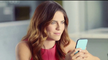 TurboTax TV Spot, 'Dependientes' con Karla Souza - Thumbnail 6