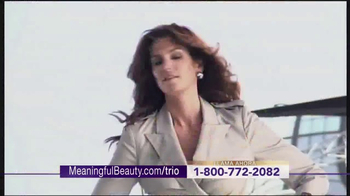 Meaningful Beauty Ultra TV Spot, 'Transformar' con Cindy Crawford [Spanish] - Thumbnail 5