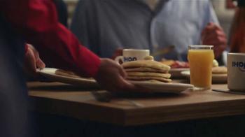 IHOP Todos Los Pancakes Que Puedas Comer TV Spot, 'Momento' [Spanish] - Thumbnail 1