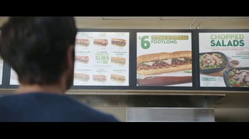 Subway Steak & Cheese Footlong TV Spot, 'Maestro del menú' [Spanish] - Thumbnail 2