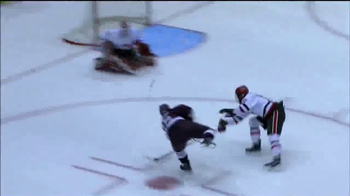 College Hockey, Inc. TV Spot, 'Nothing Compares' Featuring Johnny Gaudreau - Thumbnail 8