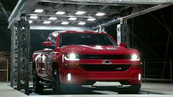 Chevrolet Chevrolet Bonus Tag TV Spot, 'Guerrera' [Spanish] [T2] - Thumbnail 2