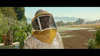 Ally Bank TV Spot, 'Nothing Stops Us: Bees' - Thumbnail 6