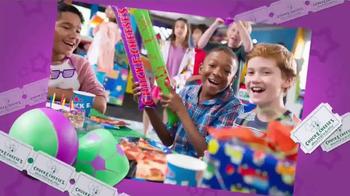 Chuck E. Cheese's TV Spot, 'Fishing for Prizes: Birthdays' - Thumbnail 9