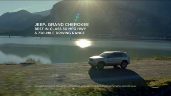 Jeep Start Something New Sales Event TV Spot, 'Resolution' [T1] - Thumbnail 4