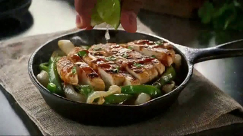 Chili's 3 For Me TV Spot, 'Three Courses' Song by The Doobie Brothers - Thumbnail 5
