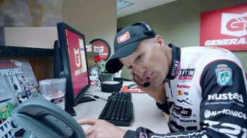 General Tire TV Spot, 'Skeet and Edwin's Reel Job: Out of Offish' - Thumbnail 5