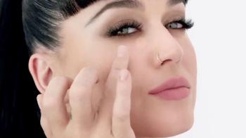CoverGirl Outlast All-Day TV Spot, 'Desaparece' con Katy Perry [Spanish] - Thumbnail 2