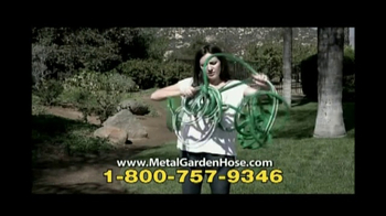 Metal Garden Hose TV Spot, 'No Kinks' - Thumbnail 2
