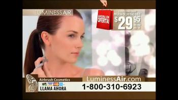 Luminess Air TV Spot, 'Maquillaje revolucionario' [Spanish] - Thumbnail 6