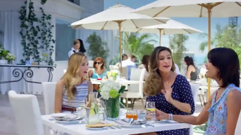 SKECHERS WORK Slip-Resistant TV Spot, 'Toma dos' con Kelly Brook [Spanish] - Thumbnail 2