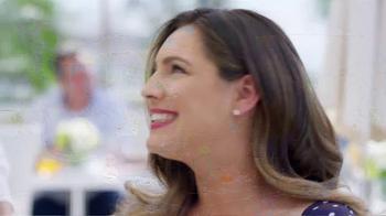 SKECHERS WORK Slip-Resistant TV Spot, 'Toma dos' con Kelly Brook [Spanish] - Thumbnail 9