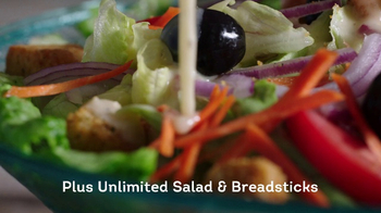 Olive Garden Tastes of the Mediterranean TV Spot, 'Italy's Lighter Side' - Thumbnail 7