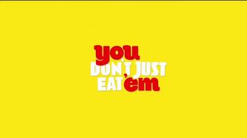 Pringles TV Spot, 'You Don't Just Eat 'Em, You Score With 'Em' - Thumbnail 9