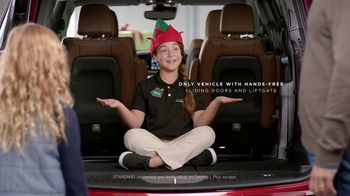 Chrysler 2016 Big Finish Event TV Spot, 'PacifiKids: Stowing & Screens' [T2] - Thumbnail 2