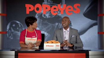 Popeyes Classic Cajun Wings TV Spot, 'Football Chat' Featuring Jerry Rice - Thumbnail 5