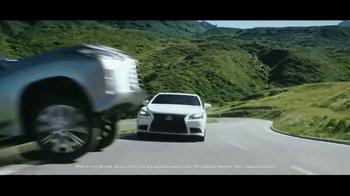 2017 Lexus LX 570 TV Spot, 'Route' [T2] - Thumbnail 2