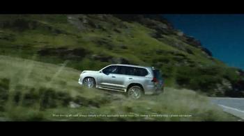 2017 Lexus LX 570 TV Spot, 'Route' [T2] - Thumbnail 3