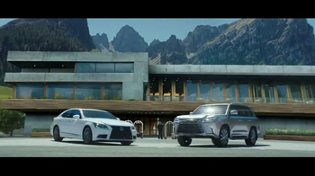 2017 Lexus LX 570 TV Spot, 'Route' [T2] - Thumbnail 6
