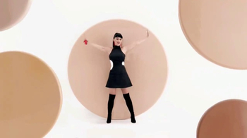 CoverGirl Outlast All-Day TV Spot, 'Disappearing Act' Featuring Katy Perry - Thumbnail 7