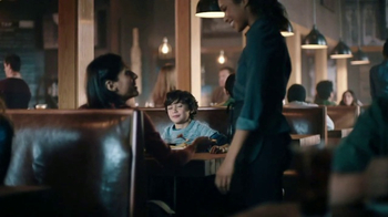 Applebee's Bourbon Street Chicken & Shrimp TV Spot, 'Shrimp Thief'