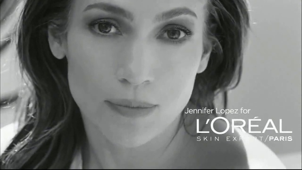 L'Oreal Bright Reveal Peel Pads TV Commercial, 'Exfoliate' Feat. Jennifer Lopez