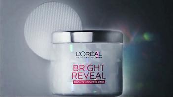 L'Oreal Bright Reveal Peel Pads TV Spot, 'Exfoliate' Feat. Jennifer Lopez - Thumbnail 10