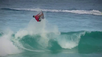 World Surf League App TV Spot, 'Connect Anywhere, Anytime' - Thumbnail 4
