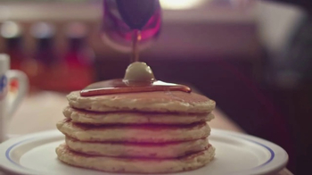 IHOP All You Can Eat Pancakes TV Spot, 'Stretchy Pants' - Thumbnail 4